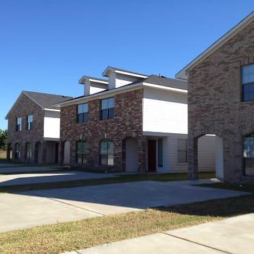 Pine Landing Apartments - Houston, TX 77038