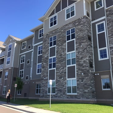Stonehaven Of Eagan Senior Living Apartments - Eagan, MN 55123