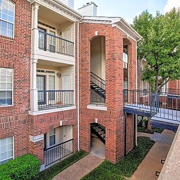 The Dorchester Apartments Dallas Tx 75254