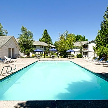 Saddle Club Apartments Salem Or 97317