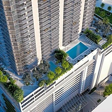 Panorama Tower Apartments Miami Fl 33131