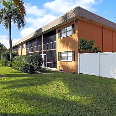 Avalon Square Apartment Homes Bradenton Fl 34205
