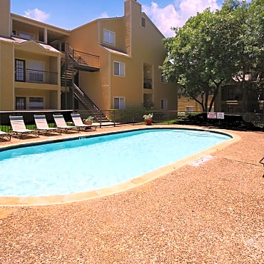 Pool 2 At Cascade Fall Creek Luxury Apartment Homes In Houston Tx