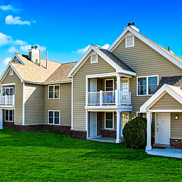 Manchester Oaks Apartments - Franklin, WI 53132