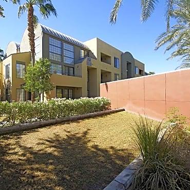 arioso city lofts apartments phoenix az 85016. Black Bedroom Furniture Sets. Home Design Ideas