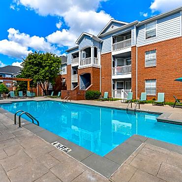 Retreat at Riverside Apartments - Lawrenceville, GA 30043
