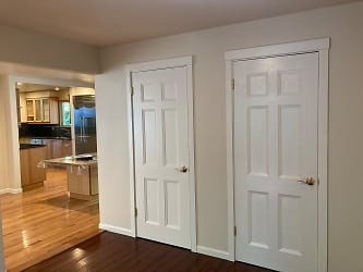 Entry toward kitchen