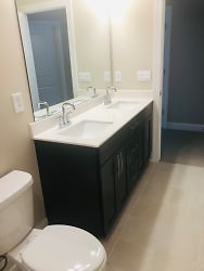 Third Floor Bathroom.jpg