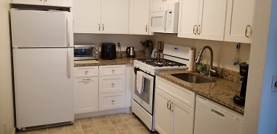212 kitchen rev1.jpg