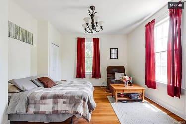 F-Southeast Bedroom-1st Flr.png