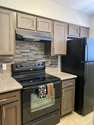 2-Villas Kitchen.jpg