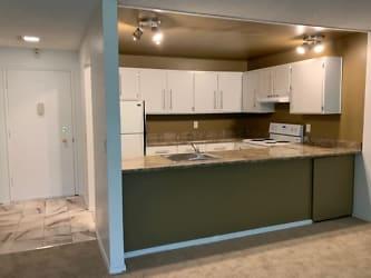 297 Kitchen.jpg
