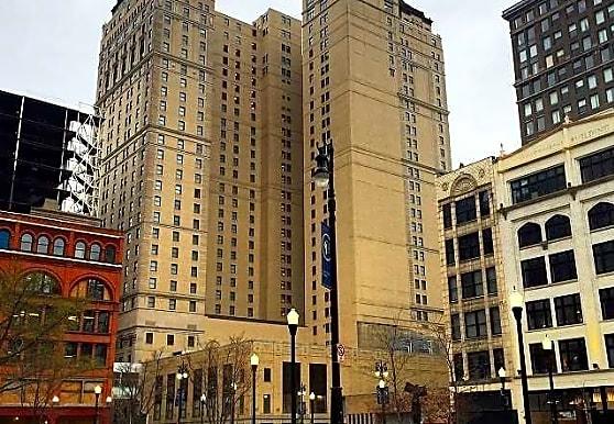 Briggs Houze, Detroit, MI