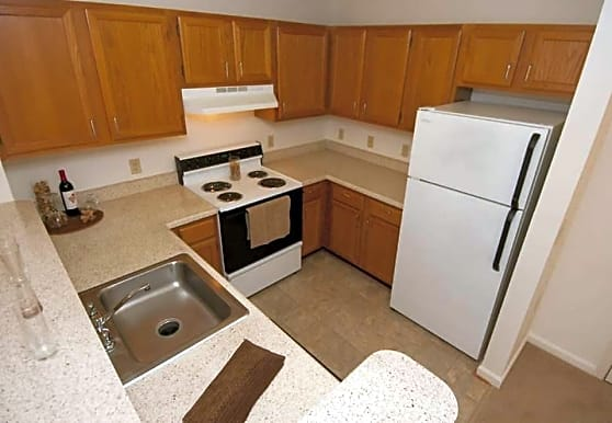 Victoria Park Apartments, Woodbridge, VA