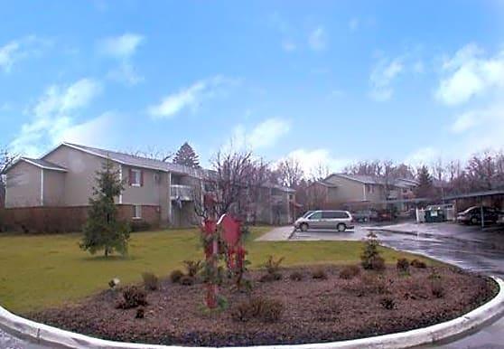 Maple Brooke Apartments, Kalamazoo, MI
