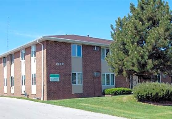 Windsor Heights Apartments, Green Bay, WI