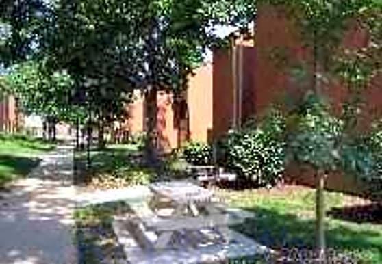 West End Terrace, Saint Louis, MO