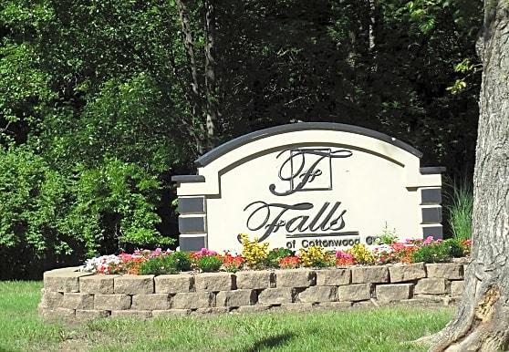Falls At Cottonwood Creek, Kansas City, KS