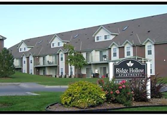 Ridge Hollow, Lincoln, NE