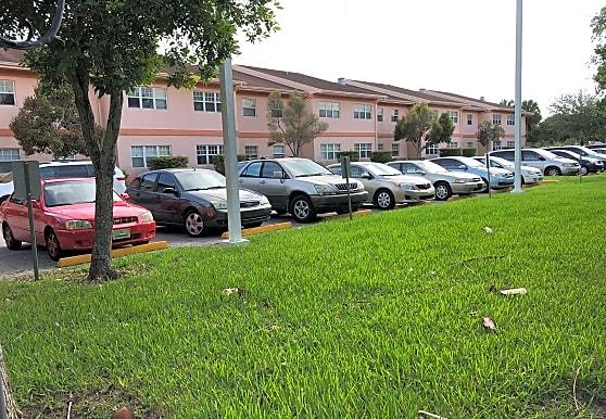 St Annes Gardens, Miami, FL