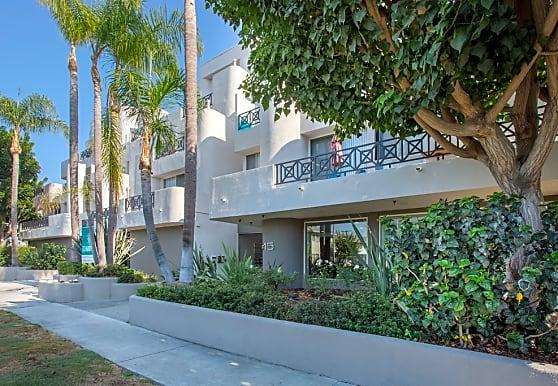 5015 Clinton, Los Angeles, CA