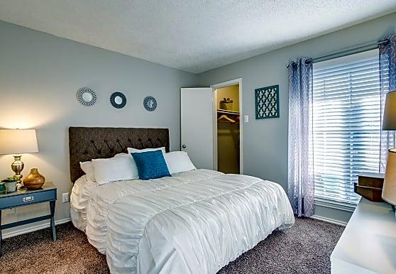Westmoor Apartments, Dallas, TX