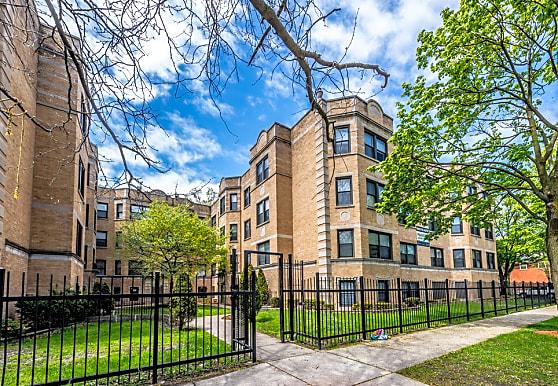 8100 S. Essex Avenue, Chicago, IL