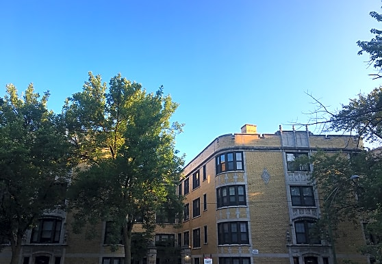 1221 W Chase Ave # 31, Chicago, IL