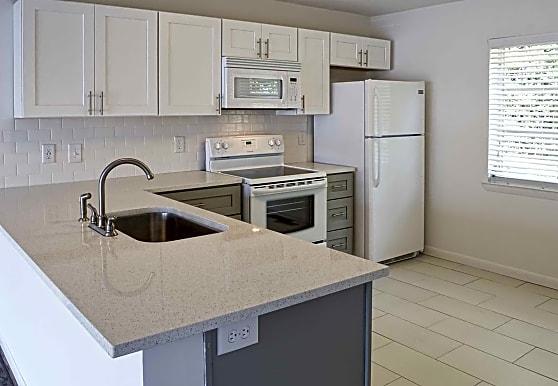 V Apartments, Vestavia Hills, AL