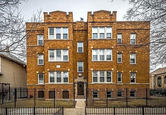 5500 W Van Buren, Chicago, IL