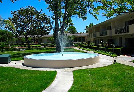 Gardens of Fontainbleu, Cupertino, CA