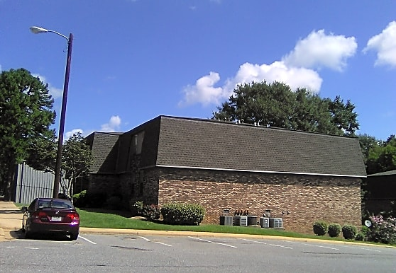 Windsor Hill Apartments, Tuscaloosa, AL