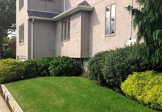Sokolich Real Estate, Fort Lee, NJ