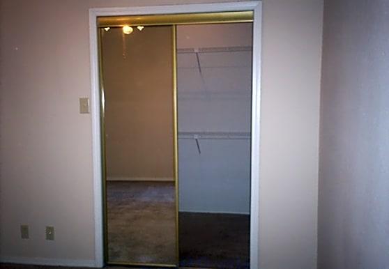 Copperchase Condominiums, Arlington, TX