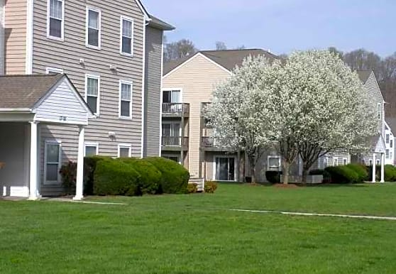 Green Hill Apartments at Radford, Radford, VA