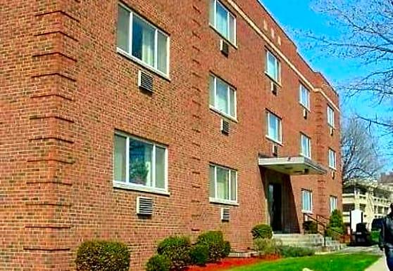 Shaker University Apartments, Cleveland, OH