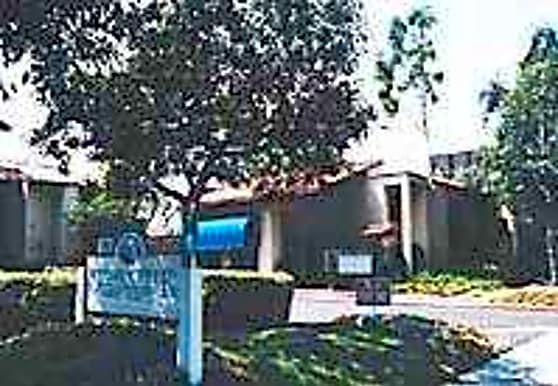 Stone Creek Apartments, Anaheim, CA