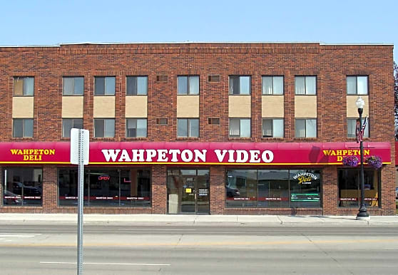 Dakota Apartments, Wahpeton, ND