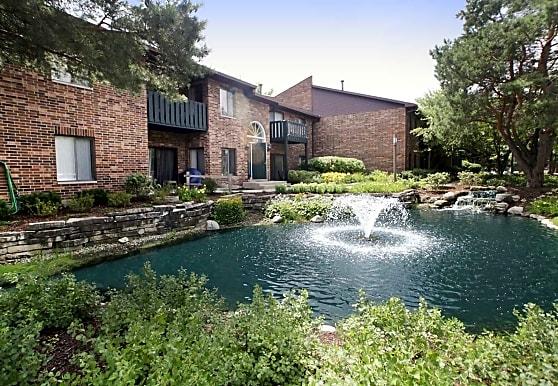 Arbor Lakes, Arlington Heights, IL