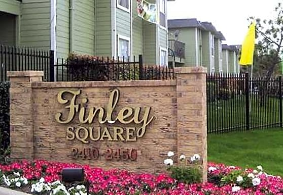 Finley Square, Irving, TX