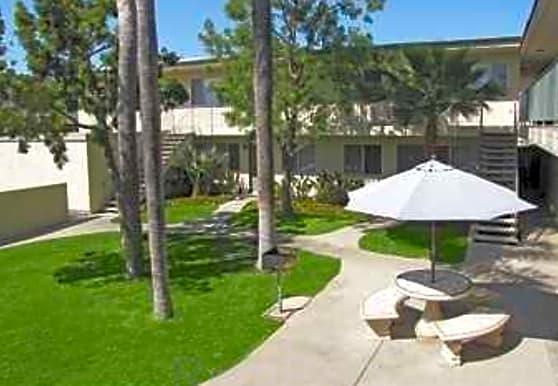 Villa Del Norte, Vista, CA