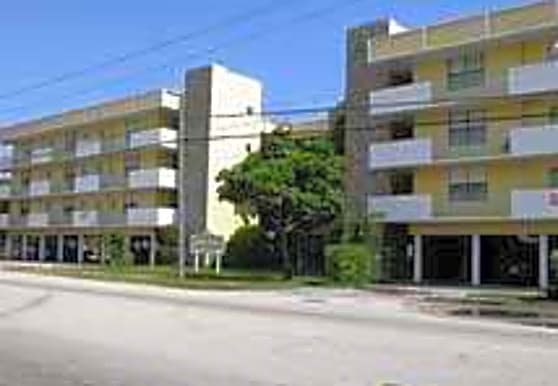 Sun King Apartments, North Miami, FL