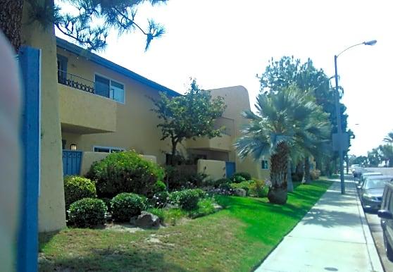 323f9ad7e3d20aab39bbffd8a4606a18 - Cypress Garden Villas Hawaiian Gardens Ca