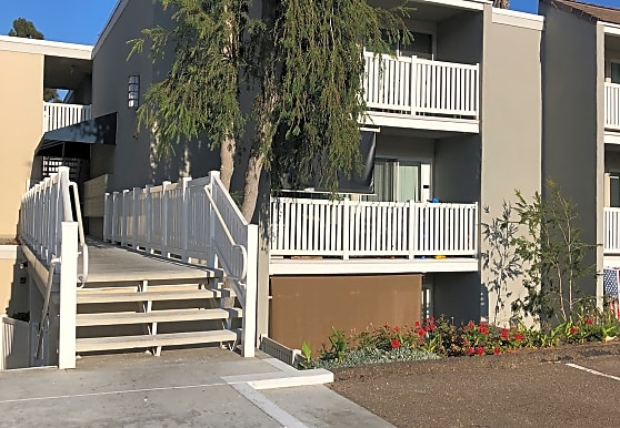 Modernaire Apartments, San Diego, CA