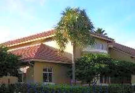The Pinehurst Club, Hollywood, FL