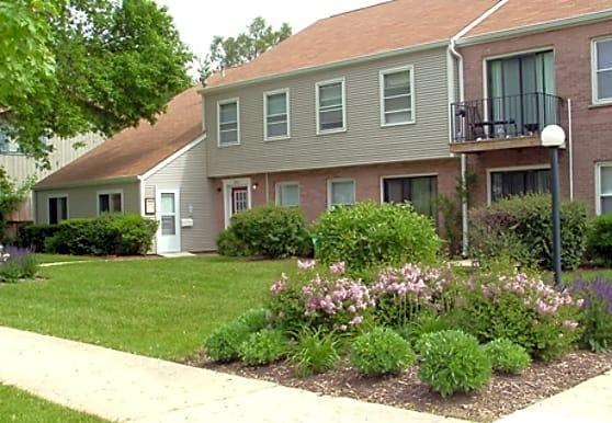 Charleston Park Apartments, Saint Charles, IL