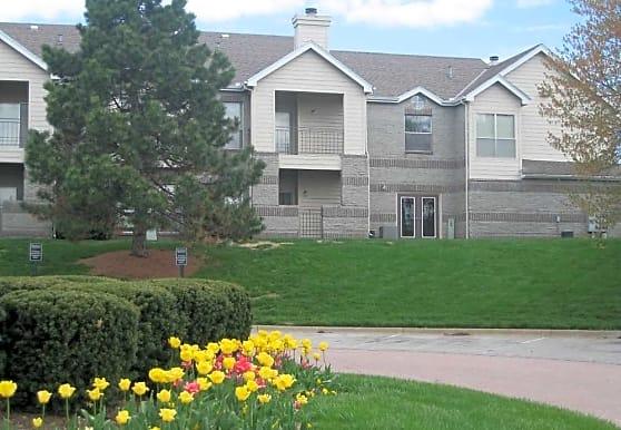 Hawthorne Apartment Homes, Leawood, KS