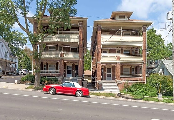 134-148 E. Gorham St, Madison, WI