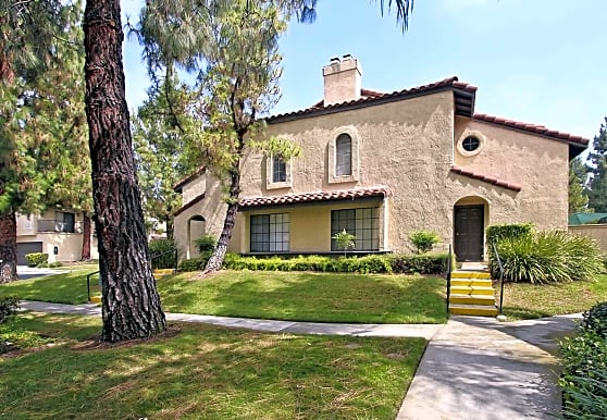 Sunridge Pines Townhomes, Rancho Cucamonga, CA