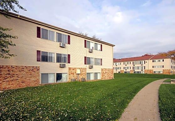 Edgewood Park Apartments, Pontiac, MI